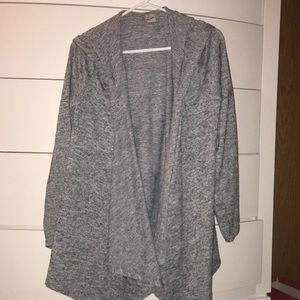 Gray cardigan with long sleeves